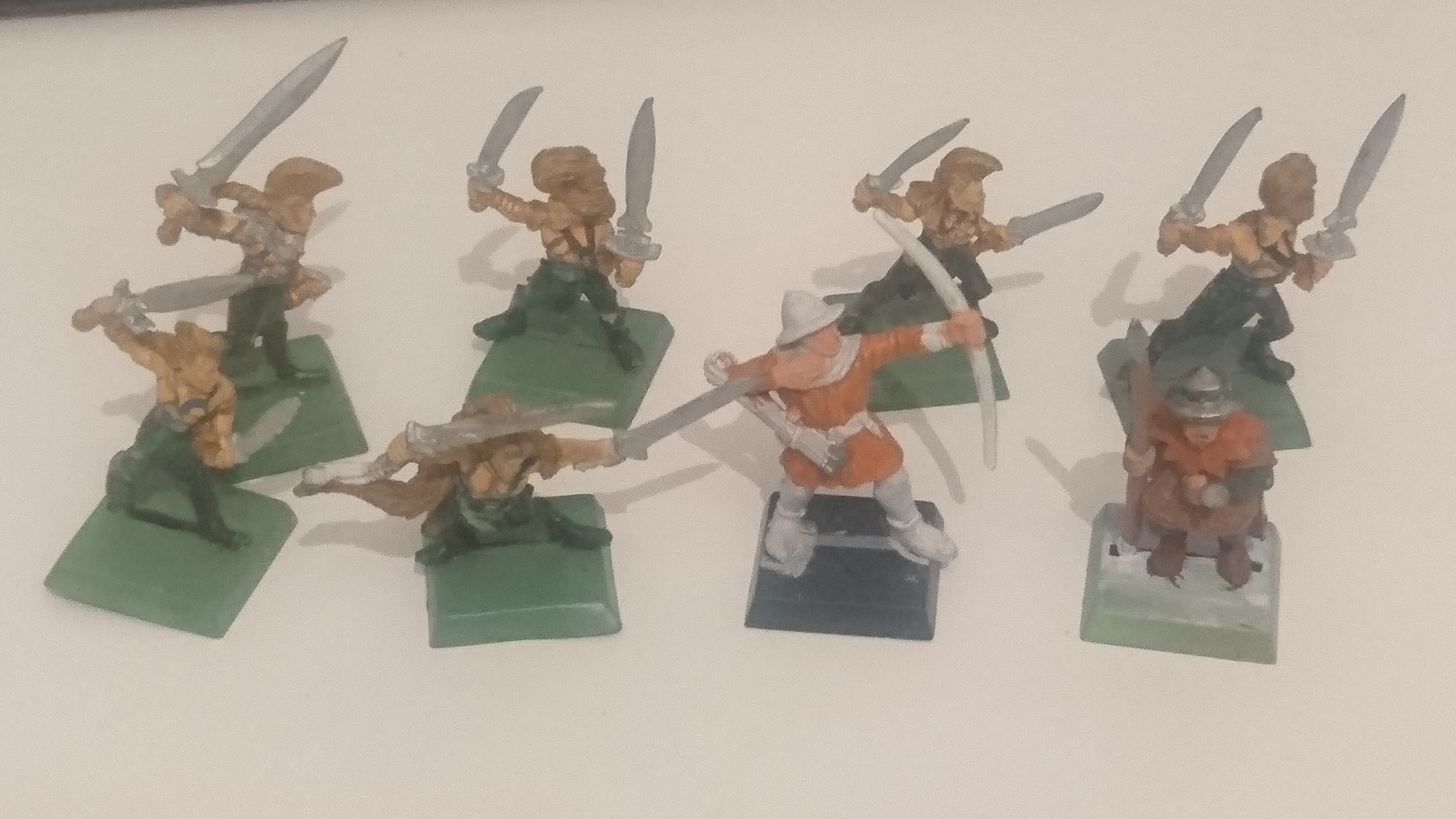 Wood Elf Wardances, Plastic Bretonnian Archer, Metal Bretonnian Spearman